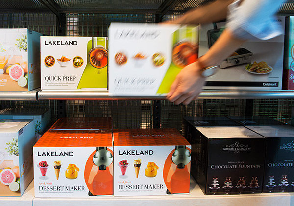 lakeland-shelves
